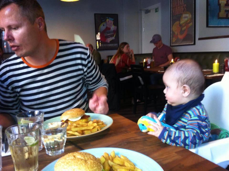 Børneopdragelse – hvordan står det til med den i Danmark ?